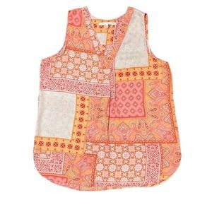 Violet & Claire Sleeveless Multi Patterned Blouse